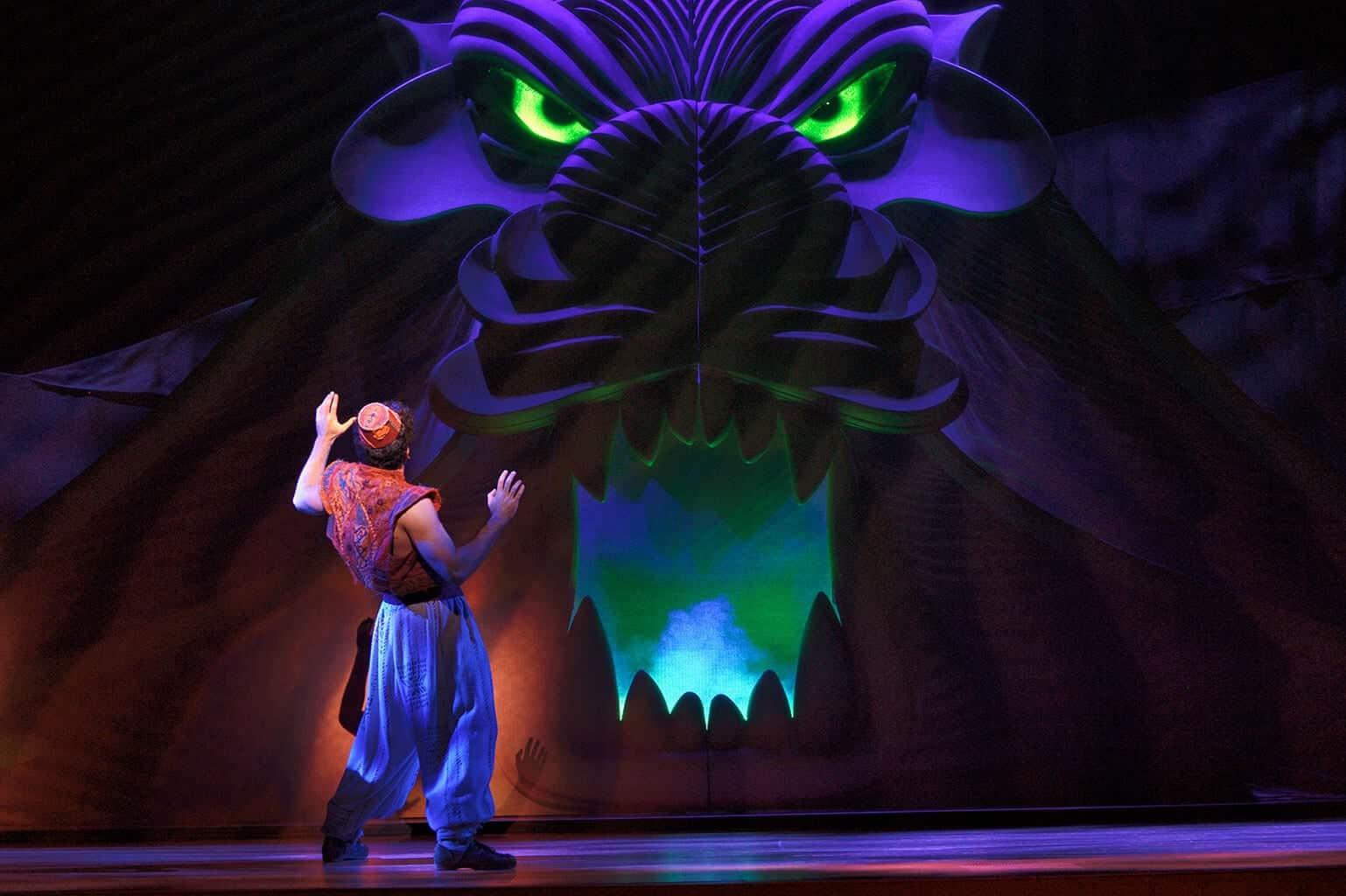 Revelado elenco do retorno de Aladdin na Broadway